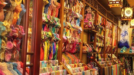 Le foulard, un accessoire qui fait la différence